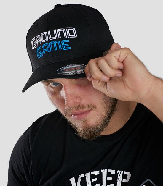 """Cap """"Wire"""" with a rounded brim"""